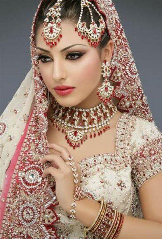 très jolie visage de femme